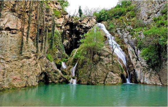 Водопад хотнишки - колодец кая