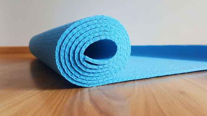 Какой коврик для йоги выбрать?