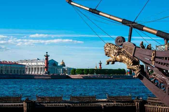 Путешествие в Санкт-Петербург наслаждение Северной Венеции